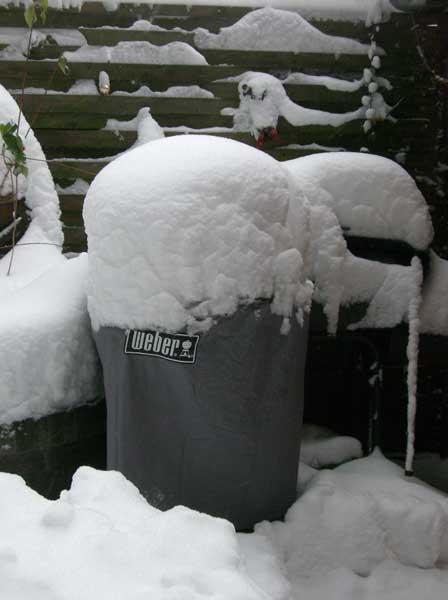Weber One Touch Premium im Schnee