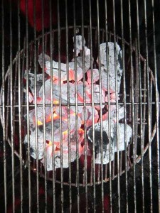 Weber Steak House Coal im Grill
