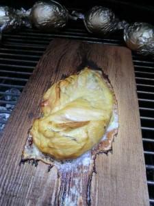 Smoking Board mit Fleisch