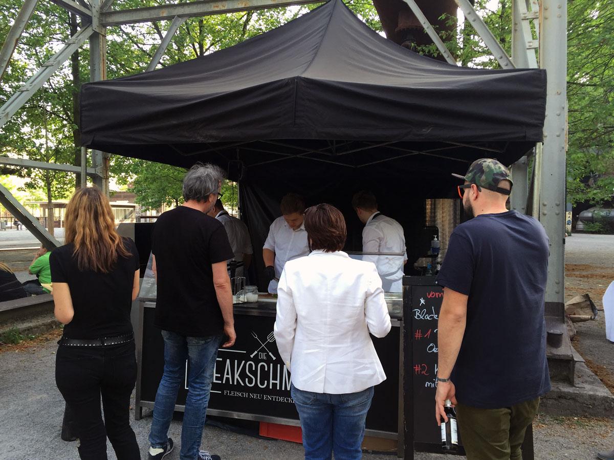 impressionen vom street food festival 2016 in duisburg. Black Bedroom Furniture Sets. Home Design Ideas