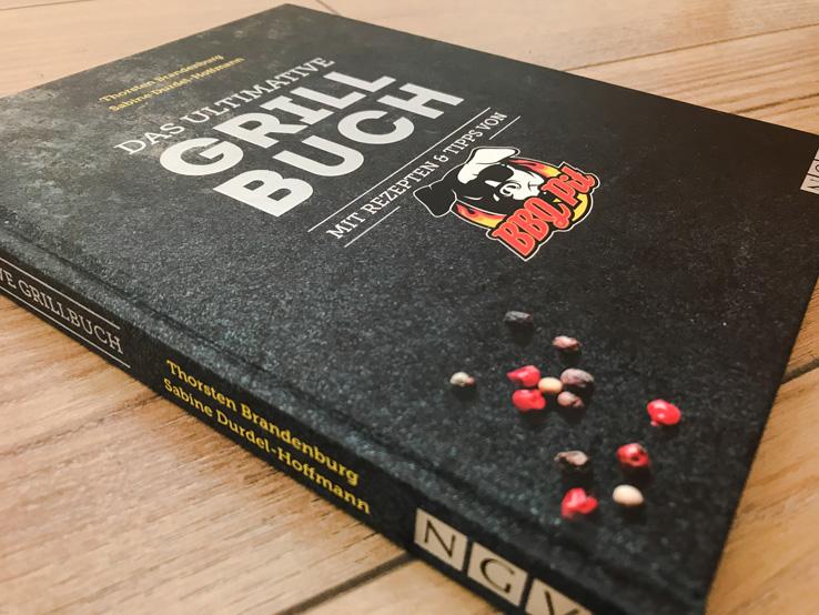 Das ultimative Grillbuch von BBQPit