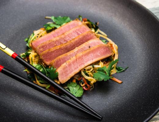 Sprossensalat mit Thunfisch
